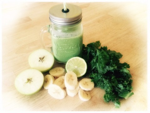 Pregnancy and Postpartum Nutrition; The Kale and Apple Smoothie
