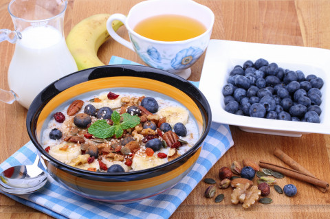 Blueberry, Date and Walnut Porridge